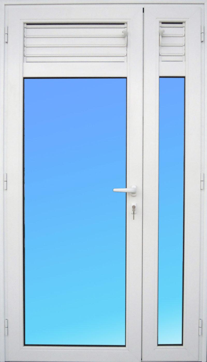 Porte PE23 en aluminium 2 vantaux avec lames ventilantes et vitrage clair ABD FERMETURES
