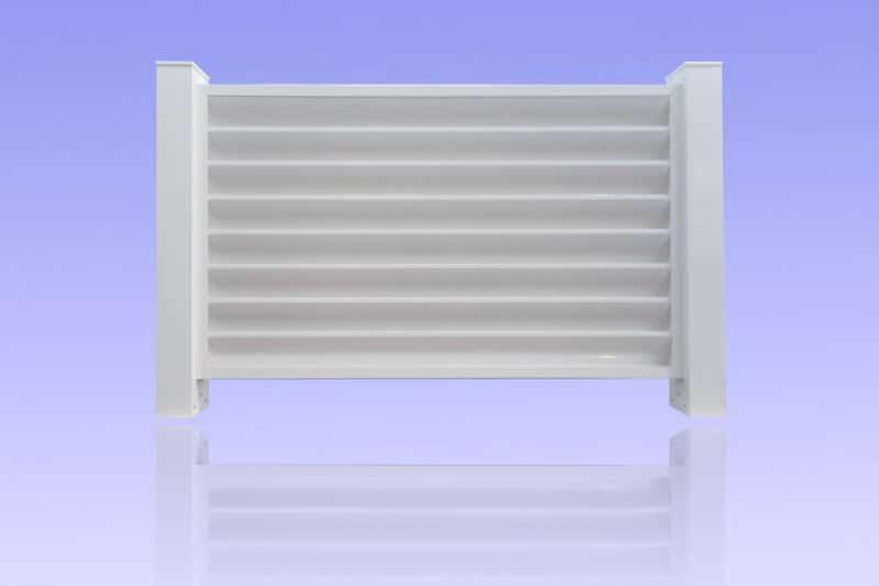 Clôture brise vue en aluminium laqué blanc avec poteaux de 100 x 100 mm ABD FERMETURES.