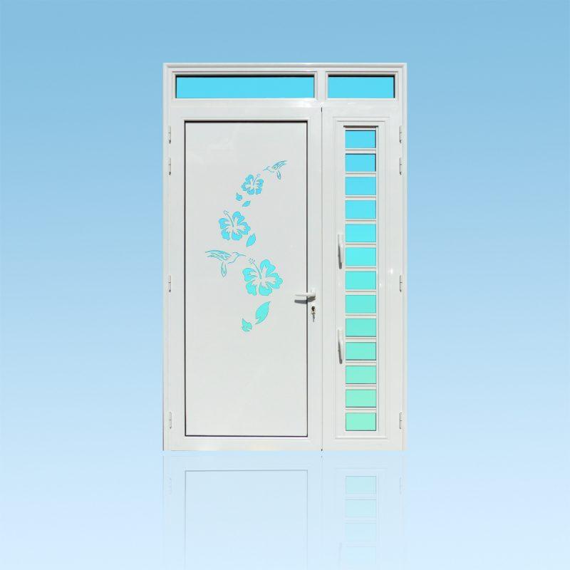 Porte décor Colibris en aluminium, vitrage clair, imposte et jalousie ABD FERMETURES