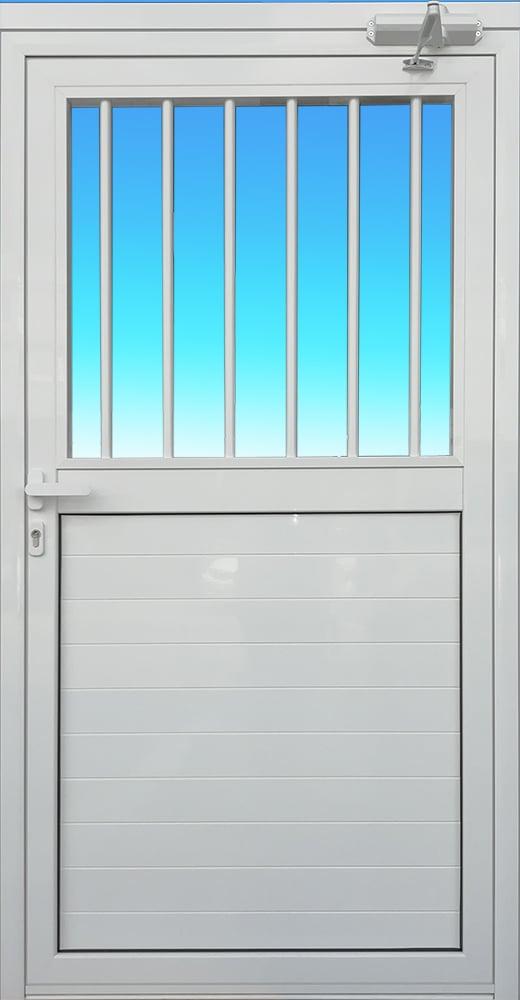 Porte PS13-GROOM avec barreaux et allège pleine en aluminium laqué blanc ABDFERMETURES.