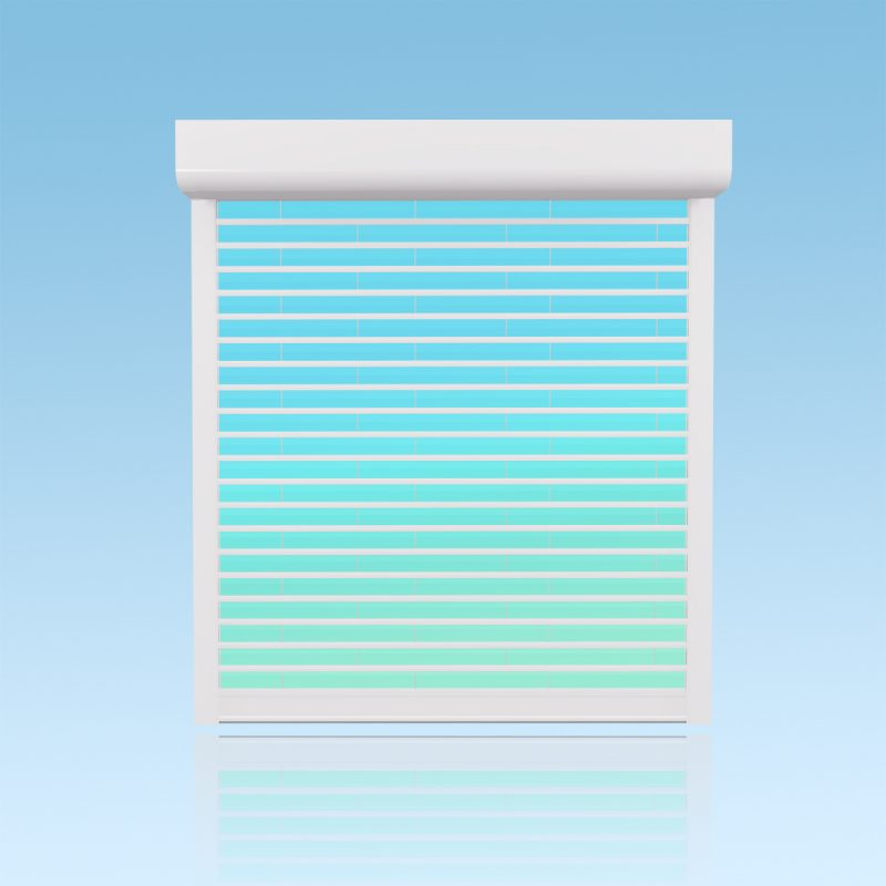 Volet roulant transparent en polycarbonate et aluminium laqué blanc ABD FERMETURES